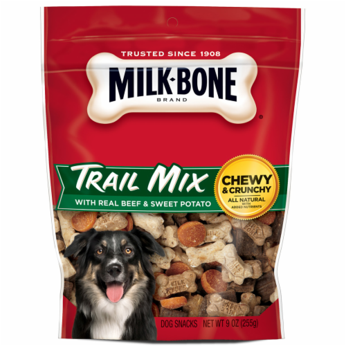 Milk-Bone Trail Mix Dog Treats Perspective: front
