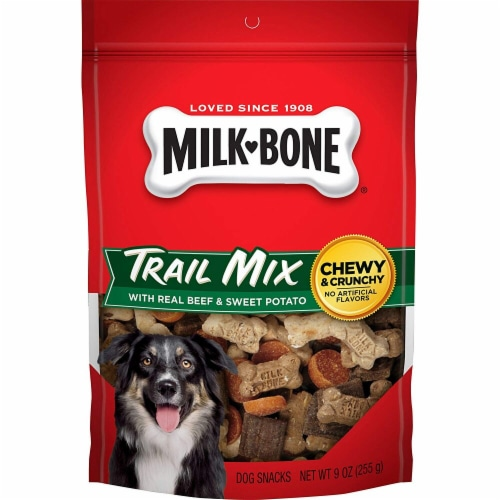 Milk-Bone Trail Mix Real Beef & Sweet Potato Dog Snacks Perspective: front