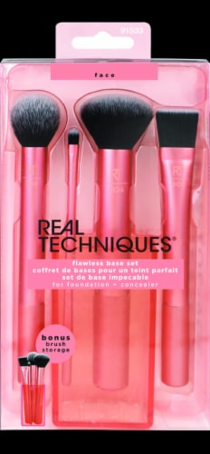 Real Techniques Flawless Base Brush Set Perspective: front