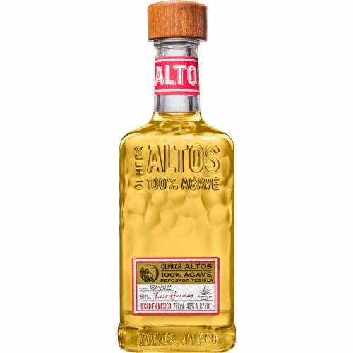 Altos Tequila Reposado Perspective: front