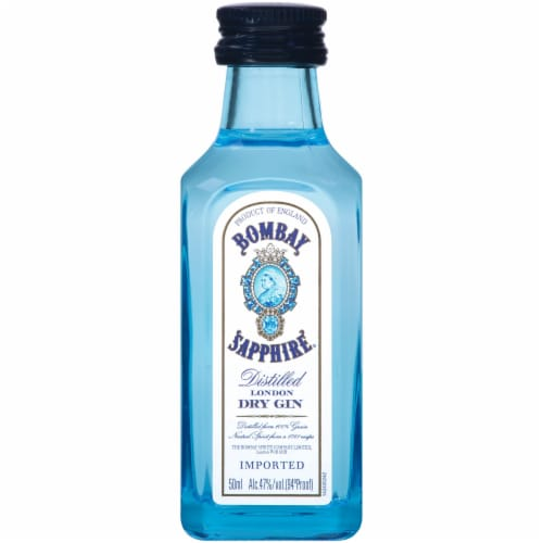 Bombay Sapphire Distilled London Dry Gin Perspective: front