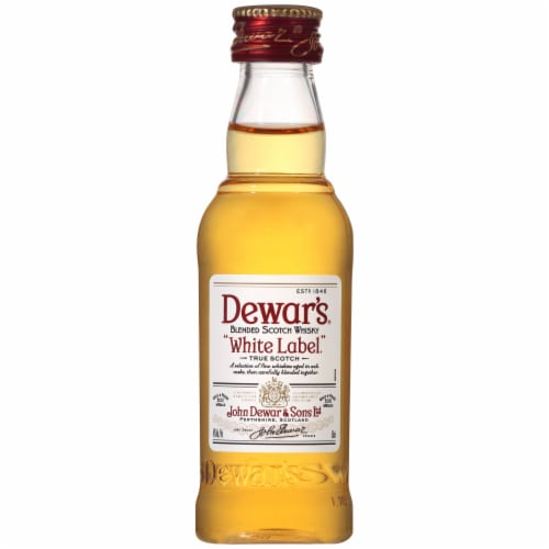 Dewar's® White Label Blended Scotch Whisky Perspective: front