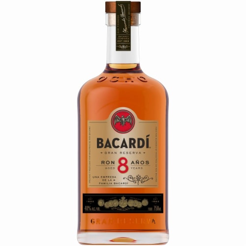 Bacardi Aged 8 Years Rum Perspective: front