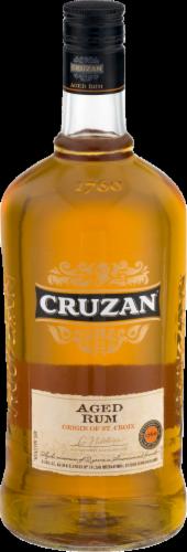 Cruzan Aged Dark Rum Perspective: front