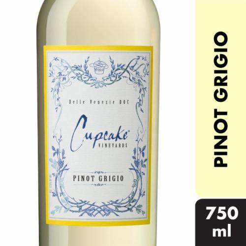 Cupcake Vineyards Pinot Grigio White Wine Perspective: front