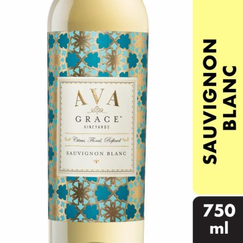 Ava Grace Sauvignon Blanc White Wine Perspective: front