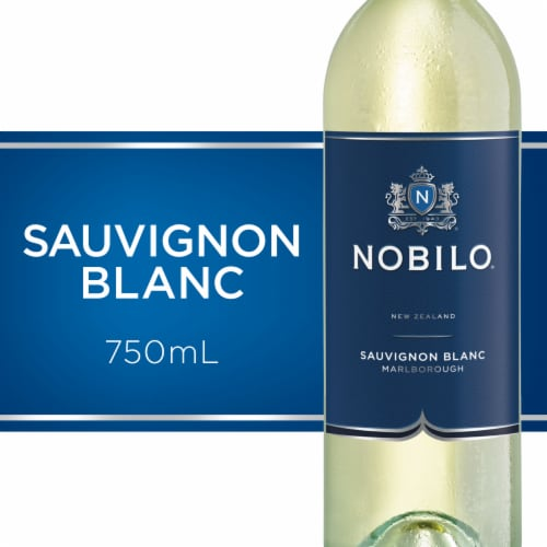 Nobilo Sauvignon Blanc White Wine Perspective: front