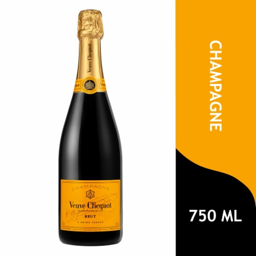 Veuve Clicquot Yellow Label Champagne Perspective: front