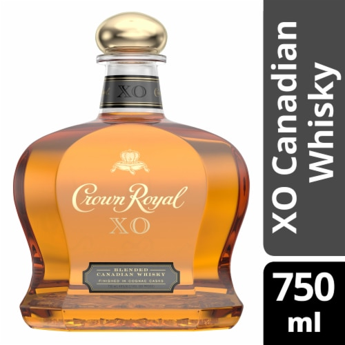 Crown Royal XO Blended Canadian Whisky Perspective: front