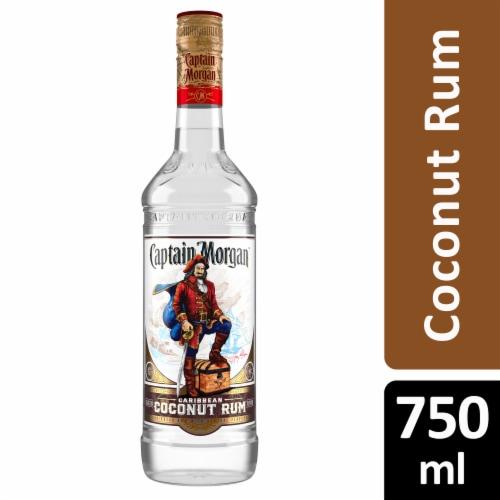 Captain Morgan White Caribbean Coconut Rum Perspective: front