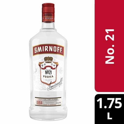 Smirnoff Red No 21 Vodka Perspective: front