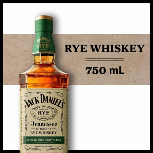 Jack Daniel's Rye Tennessee Straight Rye Whiskey Perspective: front