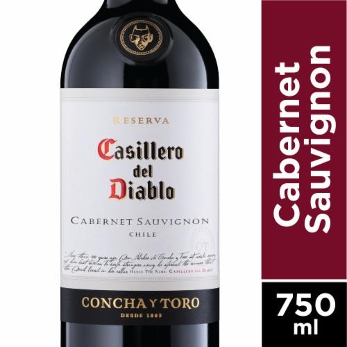 Casillero del Diablo Cabernet Sauvignon Red Wine Perspective: front