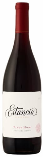 Estancia Pinot Noir Red Wine Perspective: front