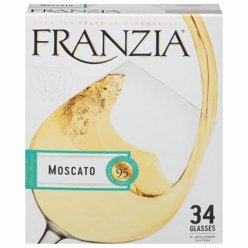 Franzia Moscato Box Wine Perspective: front