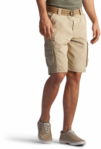 Lee Men's Wyoming Cargo Shorts - Buff Perspective: front