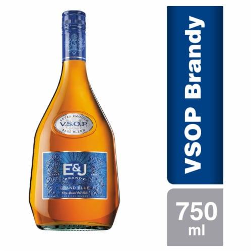 E&J VSOP Superior Reserve Brandy Perspective: front