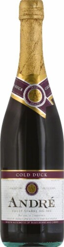 Andre Cold Duck Sweet Sparkling Red Wine Perspective: front