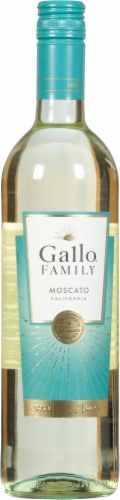 Gallo Family Vineyards Moscato White Wine Perspective: front