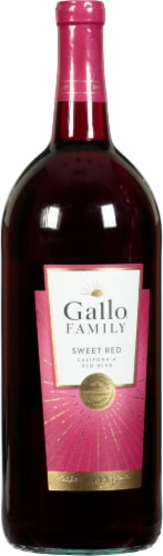 Gallo Family Vineyards Sweet Red Wine 1.5L Perspective: front