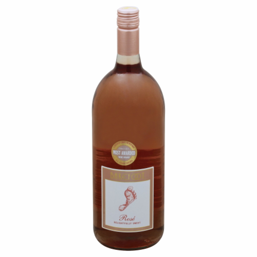 Barefoot  Rose Blush Wine Perspective: front