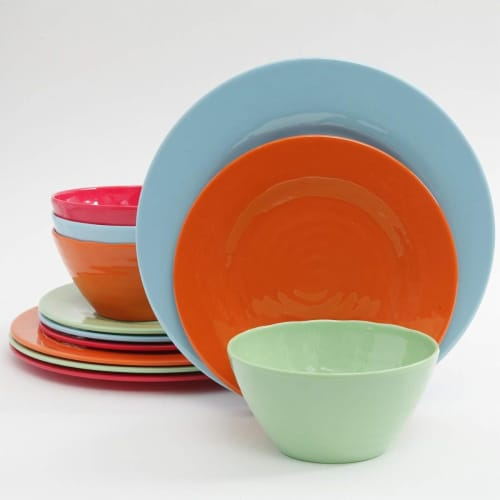 Gibson 107279.12 12 Piece Brist Melamine Dinnerware, Assorted Color Perspective: front