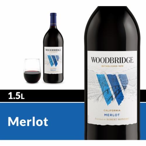 Woodbridge by Robert Mondavi Merlot Red Wine Perspective: front