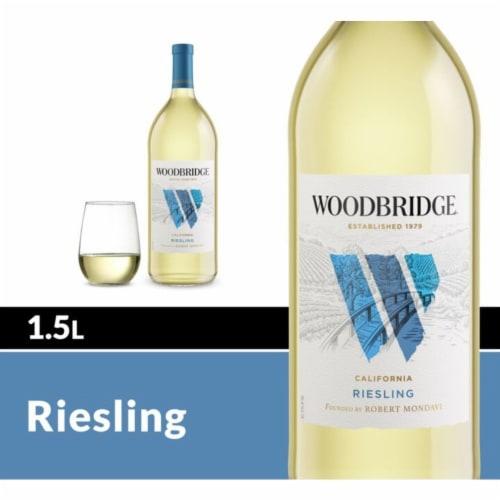 Woodbridge® by Robert Mondavi Riesling White Wine Perspective: front