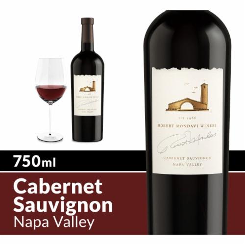 Robert Mondavi Winery Napa Cabernet Sauvignon Red Wine Perspective: front