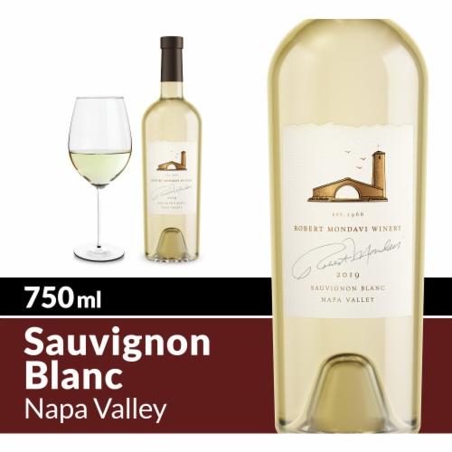 Robert Mondavi Winery Napa Valley Fume Blanc White Wine Perspective: front