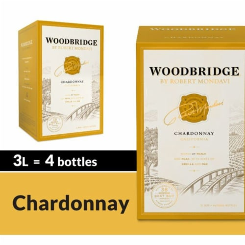 Woodbridge by Robert Mondavi Chardonnay Wine Box Perspective: front