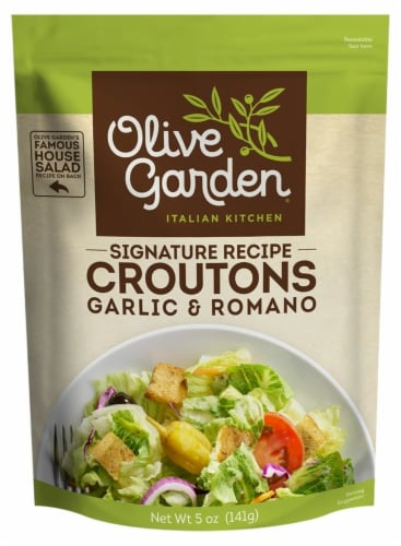 Olive Garden Signature Recipe Garlic & Romano Seasoned Croutons Perspective: front