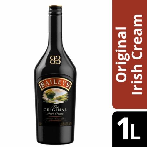 Baileys™ Original Irish Cream Liqueur Perspective: front