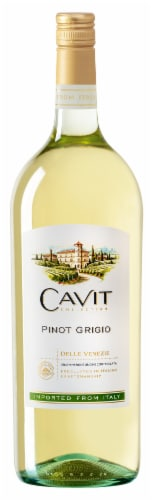 Cavit Collection Pinot Grigio Perspective: front
