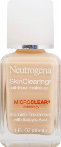 Neutrogena SkinClearing 10 Classic Ivory Oil-Free Makeup Perspective: front