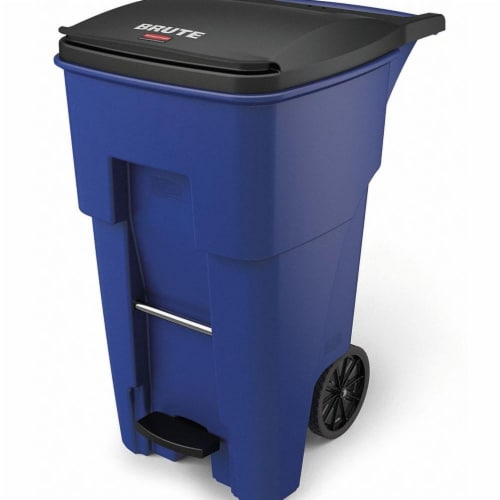 Rubbermaid Commercial BRUTE Waste Container 1971970 Perspective: front