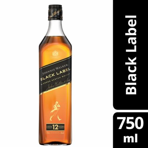 Johnnie Walker Black Label Blended Scotch Whisky Perspective: front