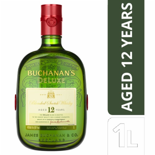 Buchanan's Deluxe Blended Scotch Whisky Perspective: front