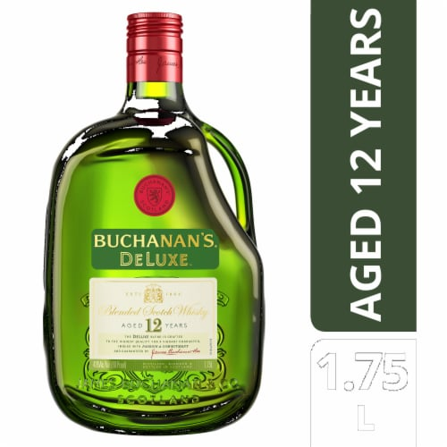 Buchanan's DeLuxe 12 Year Blended Scotch Whisky Perspective: front