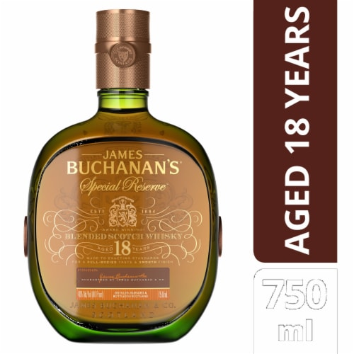 Buchanan's Special Reserve 18 Year Blended Scotch Whisky Perspective: front
