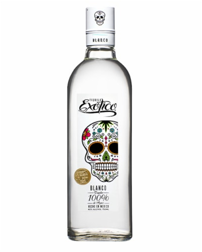 Exotico Tequila Blanco Perspective: front