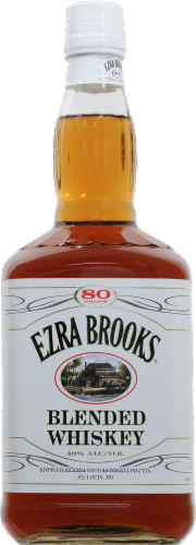 Ezra Brooks Blended Whiskey Perspective: front
