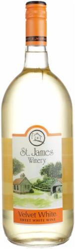 St. James Velvet Sweet White Wine Perspective: front