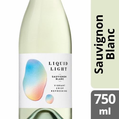 Chateau Ste Michelle Liquid Light Sauvignon Blanc White Wine Perspective: front