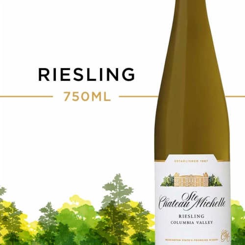 Chateau Ste Michelle Riesling White Wine Perspective: front