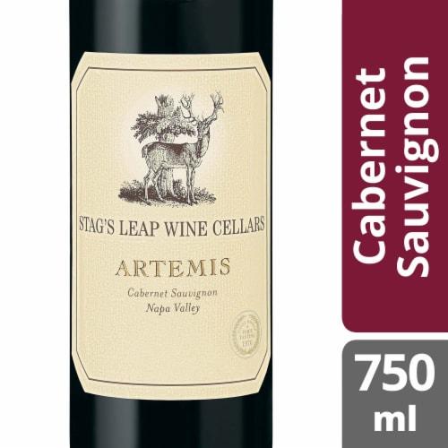 Stag's Leap Artemis Cabernet Sauvignon Red Wine Perspective: front