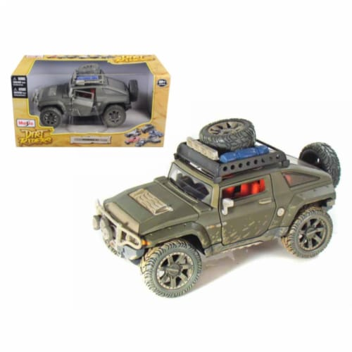 """2008 Hummer HX Concept Dirty Version \Dirt Riders\"""" 1/24 Diecast Model Car by Maisto"""" Perspective: front"""