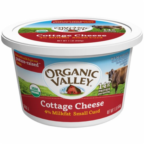 Organic Valley 4% Milkfat Small Curd Cottage Cheese Perspective: front