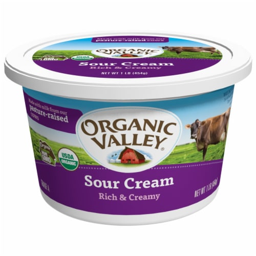Organic Valley Rich & Creamy Sour Cream Perspective: front