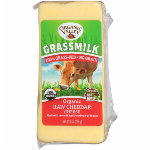 Organic Valley Grassmilk Organic Raw Cheddar Cheese Perspective: front